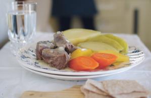 Ferskt kjøt og suppe med klot